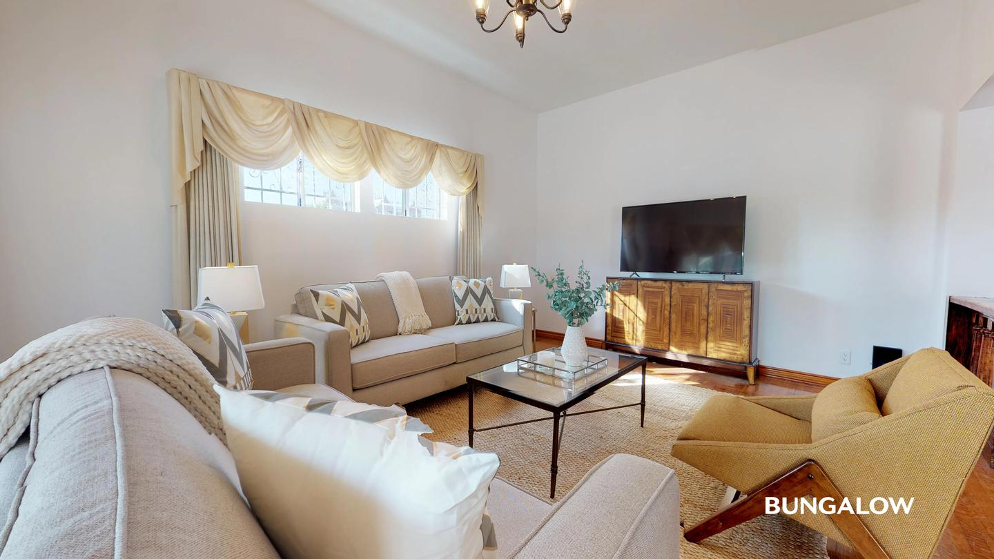 Apartments Near UCLA Private Bedroom in Elegant Los Feliz Home With Pool Access for University of California - Los Angeles Students in Los Angeles, CA