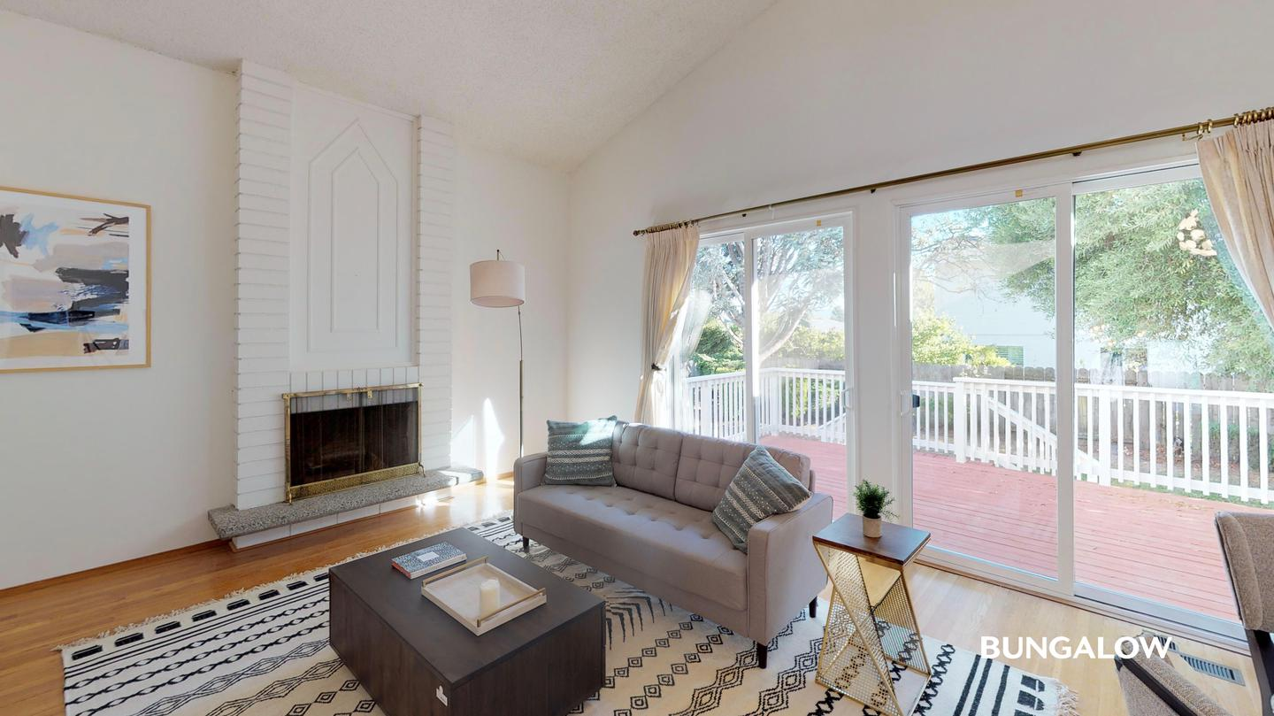 Apartments Near Menlo Private Bedroom in Beautiful Bayfront Home with Spacious Deck for Menlo College Students in Atherton, CA