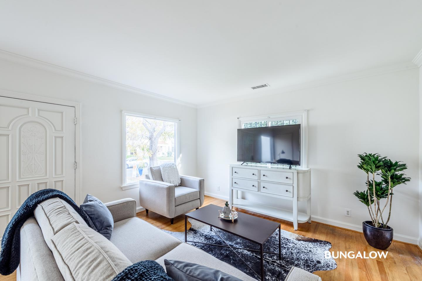Apartments Near UCLA Private Bedroom in Charming Fairfax Home With Private Backyard for University of California - Los Angeles Students in Los Angeles, CA