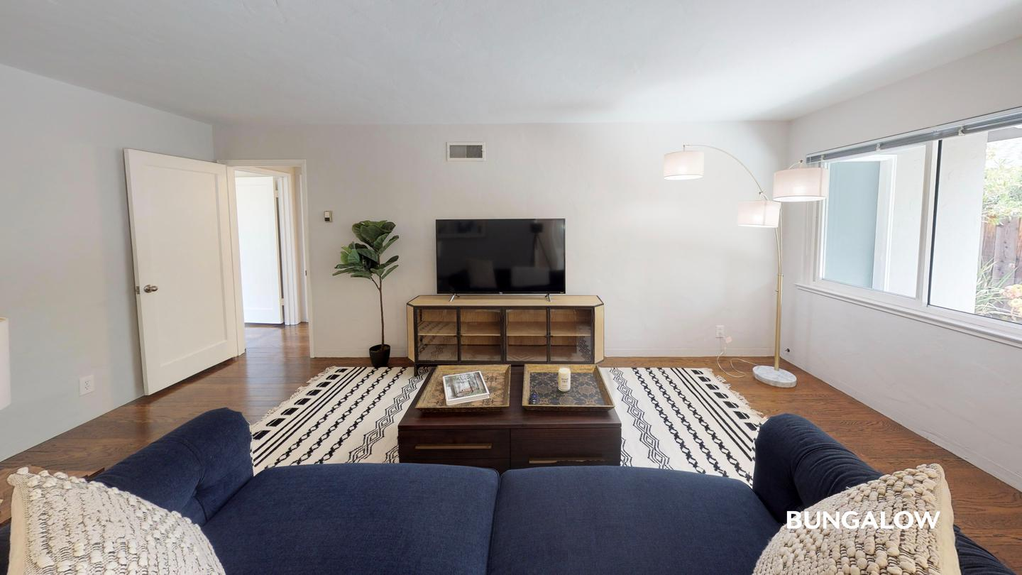 Apartments Near Stanford Available 1/1 - Private Bedroom in Spacious Mountain View Home With an Amazing Backyard for Stanford University Students in Stanford, CA