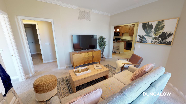 Sublets Near La Jolla Private Room in Premier Mission Valley Home with Pool for La Jolla Students in La Jolla, CA
