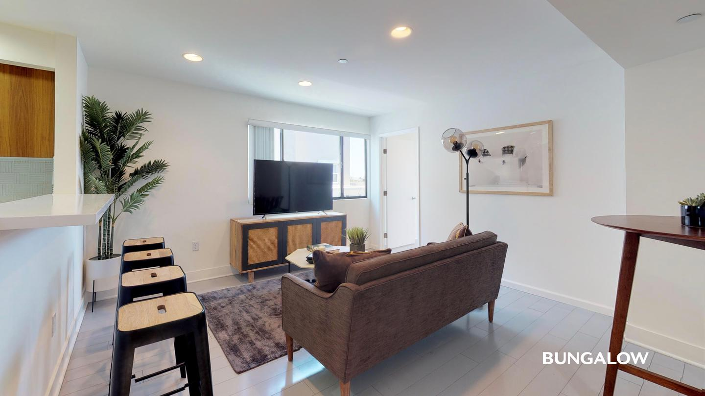 Sublets Near UCLA Private Bedroom in Stylish West LA apartment with Ideal Walk Score for University of California - Los Angeles Students in Los Angeles, CA