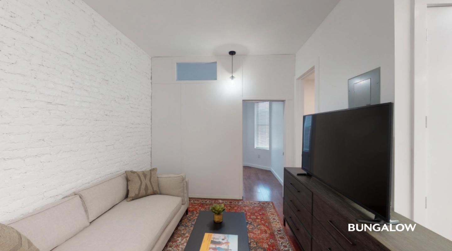 Sublets Near MEC Private Bedroom in Beautiful Crown Heights Apartment Near Utica Ave Station for CUNY Medgar Evers College Students in Brooklyn, NY